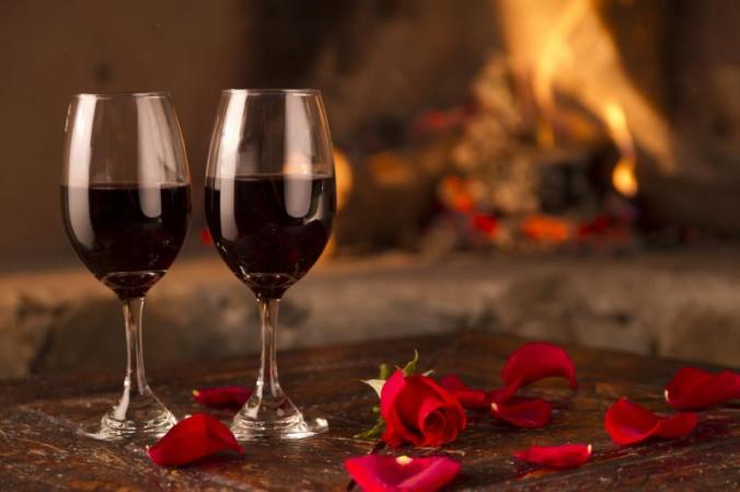 wine_glasses_romantic_rendezvous__gallery-1